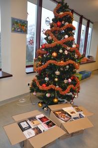 Świąteczna niespodzianka dla naszej biblioteki!